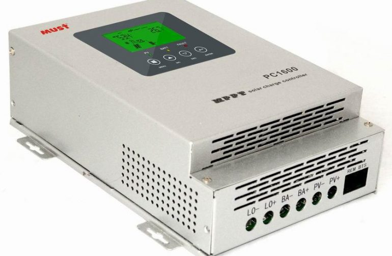 MUST Solar Charge Controller PC1600 with MPPT Technology